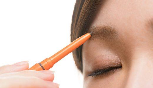 まぶたのたるみを予防!美人眉の作り方